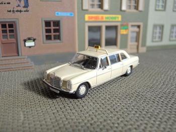 taxi0.jpg